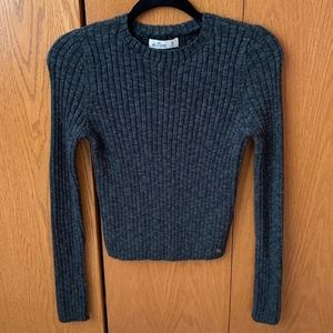 NWOT Hollister Cropped Ribbed Crewneck Sweater